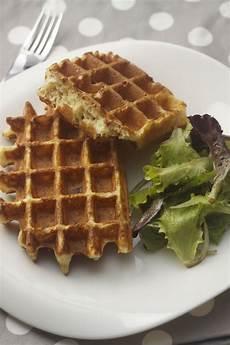 recette apero dinatoire 738 gaufres lardons gruy 232 re avec une salade un d 233 lice gaufres recette gaufre et