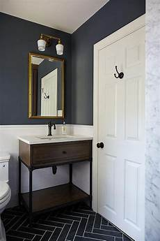 Bathroom Ideas Blue And Gray by Blue And Gray Kid S Bathroom Features Walls Painted