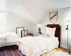 2 Bed Bedroom Ideas by 2 Beds Photos Design Ideas Remodel And Decor Lonny