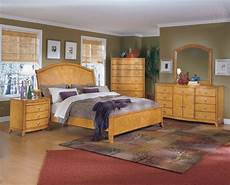 Bedroom Colour Ideas With Oak Furniture by Bedroom Ideas With Light Oak Furniture Home Delightful