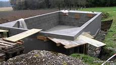 Schwimmbad Mit Schalsteinen Betonieren Pool Selber Bauen De