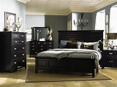 Bedroom Decorating Ideas With Wood Furniture by 25 Wood Bedroom Furniture Decorating Ideas Owners