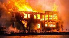 Kebakaran Di Malaysia 102 Wni Dari 13 Keluarga Jadi