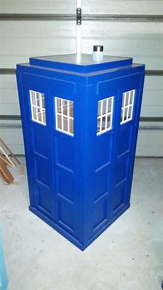 tardis cat house plans brett weiler on twitter quot tardis cat house nearly