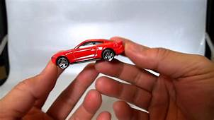 QUICKIE CAR REVIEW 2015 FORD MUSTANG GT  Hot Wheels 2014
