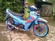 Modif Jupiter Z 2004 by Motor Modifikasi Indonesia Jupiter Z 2004