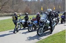 Motorrad Sicherheitstraining Beim Adac Die Position Des
