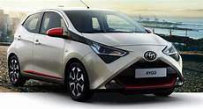 Toyota Aygo 1 0 X Play 69 Ps F 252 R 69 Mtl Privat