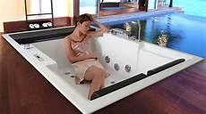vasche ad incasso vasca idromassaggio a incasso a pavimento con effetto sfioro