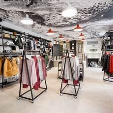 magasin pret a porter homme details agencement magasin gt agencement boutique pr 234 t 224