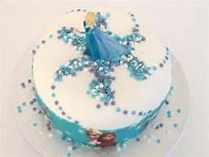 recette gateau reine des neiges facile voici une recette et des astuces pour faire un joli gateau d anniversaire reine des neiges