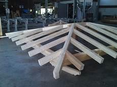 tetto a padiglione in legno gazebo a padiglione realizzazioni roma