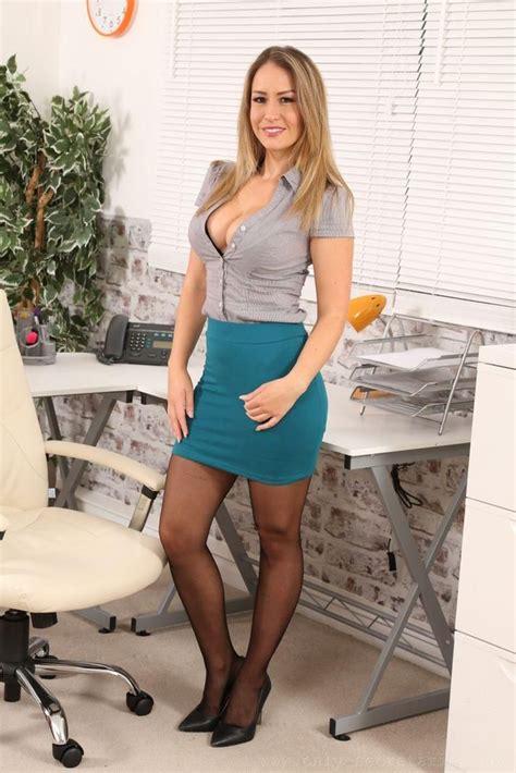Mariska Hargitay Nipples