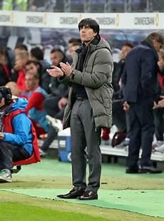 Bundestrainer L 246 W Ist Zufrieden Quot Die Pfiffe Kamen Den