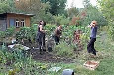 Arbeiten Im Garten - wir haben den garten sch 246 n kowa kommune waltershausen