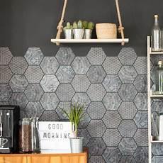 stickers carrelages hexagones salle de bain