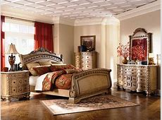 Bedroom: Appealing North Shore Bedroom Set Collection