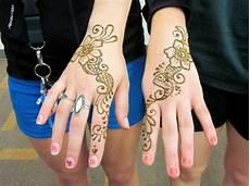 Henna Bunga Mudah