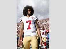 colin kaepernick kneeling first time