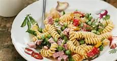 nudelsalat mit mayo nudelsalat mit schinken und klassischem mayonnaise