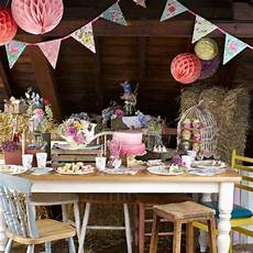 vintage wedding ideas on a budget uk a guide to planning a diy wedding on a budget diy vintage wedding table ideas