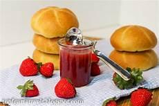 einfache erdbeer marmelade einkochen mit gelierzucker 2