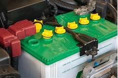 combien de temps dure une batterie de voiture dur 233 e de vie d une batterie auto comment la prolonger