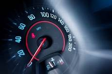 compteur de vitesse voiture compteur voiture vecteurs et photos gratuites