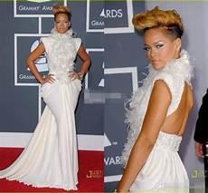 rihanna on grammy carpet dresses