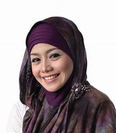 Koleksi Gambar Model Jilbab Keren Di Tahun 2013 Ini