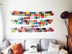 postkarten aufhängen ideen geniale idee um viele fotos und postkarten einfach auf der