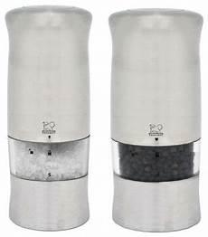 elektrischer salz und pfefferstreuer peugeot zeli electric salt and pepper mill contemporary