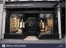 Porsche Design Store Berlin - exterior of the porsche design store on bond