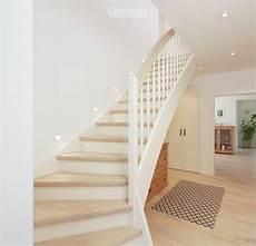 günstige wandverkleidung innen die besten 25 wei 223 e treppe ideen auf treppe