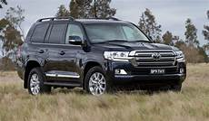 2016 Toyota Landcruiser 200 Series Revealed October