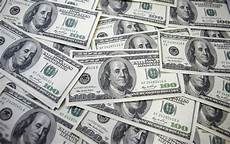 Devises L Reste Sous Pression Au Dollar