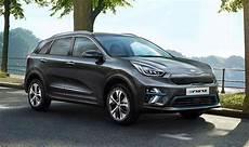 e niro kia e niro new car of the year s 2019 price specs and electric range express co uk