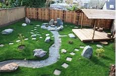 Japanese Garden Spa Tub