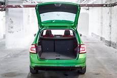 kleinwagen mit großem kofferraum die heckklappe 246 ffnet weit die ladekante ist angenehm niedrig das erleichtert das beladen des