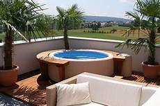 piscine pour petit espace piscine hors sol une piscine facile pour votre jardin