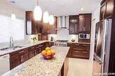 Marbre De Cuisine Id 233 E Granit Granit Quartz Marbre Qu 233 Bec Comptoirs