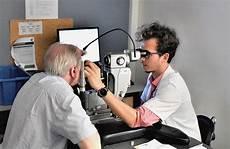 hopital pour les yeux notre expertise service d ophtalmologie h 244 pital lariboisi 232 re