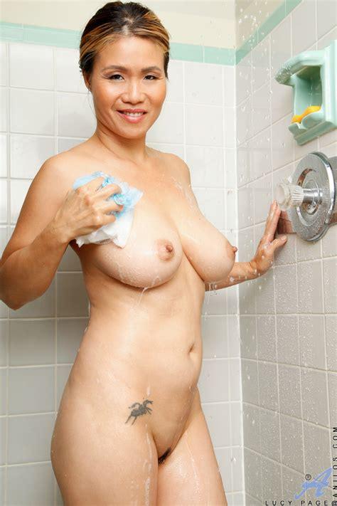 Naomi Osaka Sexy