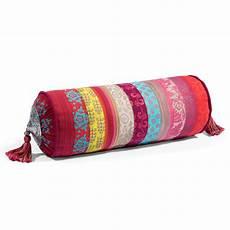 cuscino lungo per cuscino lungo in tessuto 15 x 40 cm zangora maisons du monde