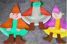 Bastelideen Mit Kindern - hexe basteln f 252 r basteln mit kindern und
