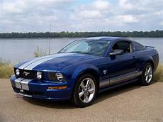 bluethunder61 2009 ford mustang specs photos