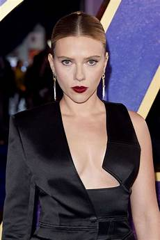 scarlett johansson avengers endgame uk fan event in
