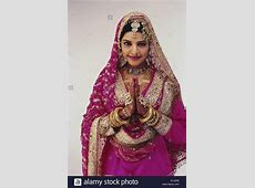 indian muslim wedding dresses for girls   B2B Fashion
