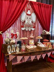 Check Out This Amazing Vintage Circus Birthday The