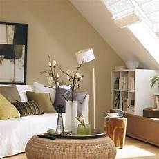 Wohnzimmer Mit Dachschr 228 Gestalten Der Kopf Dachs
